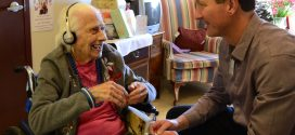 The Benefits and Effects of Music Therapy for Older People with Dementia